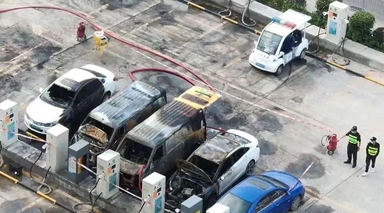 新能源汽车电池热失控着火检测预警用什么传感器?