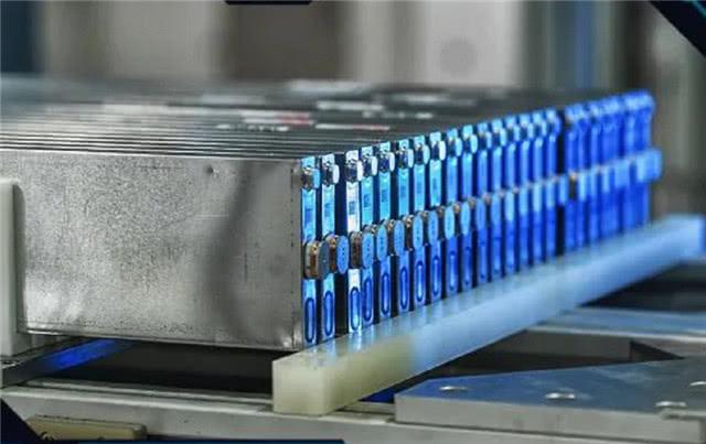 磷酸铁锂刀片电池优势在哪?刀片电池技术分析与总结